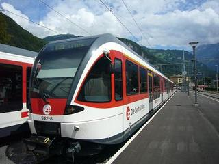 100804_InterlakenLuzernTrain.jpg